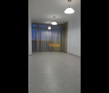 Apartamento de 1 Dormitorio (convertido en 2) en Avd Tore Tore
